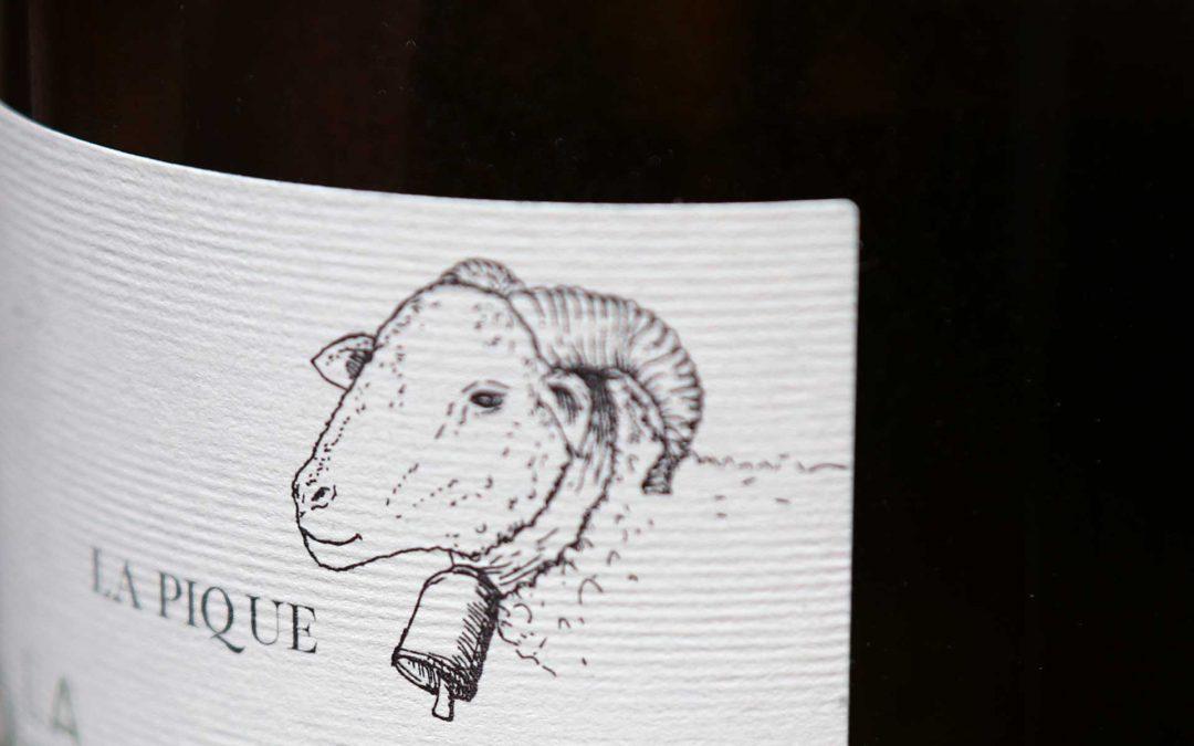 La Revue du Vin de France Languedoc Blanc, naissance d'un grand vignoble La Pique 2017